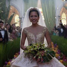 Crazy Rich Asians Delivers a Wedding Dress So Extravagant, You'll Know It Was Designed For a Billionaire - Wedding Dresses Wedding Movies, Wedding Scene, Wedding Songs, Hugh Grant, Drop Dead Gorgeous, Sarah Jessica Parker, Michelle Yeoh, Summer Wedding, Dream Wedding