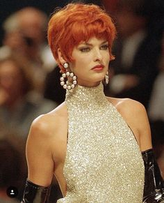 Linda Evangelista for CHANEL Haute Couture 1992
