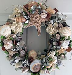 By the shore shell wreath