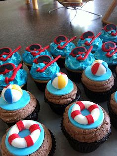 Swim Party Cupcakes - the detail on these are amazing!