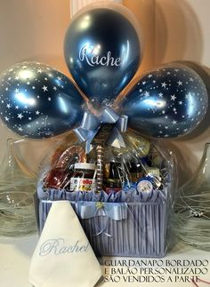 Valentine Gift Baskets, Diy Gift Baskets, Birthday Balloon Decorations, Birthday Balloons, Candy Bouquet Diy, Hot Chocolate Gifts, Bff Birthday Gift, Baby Shower Gift Basket, Balloon Gift