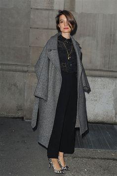 Street style looks from Milan fashion week ( Fall 2012)