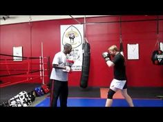 A basic focus mitt drill we use at Raja Academy Muay Thai in Greenville, SC. It teaches how strike and move fluidly and avoid being pinned down in one place. Martial Arts Training, Boxing Training, Boxing Workout, Boxing Techniques, Martial Arts Techniques, Mike Tyson Workout, Boxing Drills, Mma, Boxing Fight