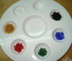 Hvordan sy med perler. – Vevstua Bull-Sveen Hardanger Embroidery, Epoxy, Plates, Tableware, Needlepoint, Licence Plates, Dishes, Dinnerware, Griddles