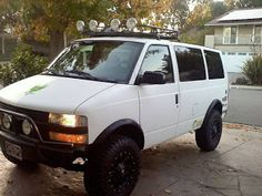 """My Chevy Astro with 6"""" lift on 33""""s 