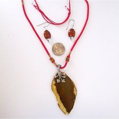 Brown Agate Pendant, Red Macrame Cord, Sterling Silver Creeper Bale,... ($45) ❤ liked on Polyvore featuring jewelry, pendants, crochet jewelry, cord jewelry, red agate jewelry, sterling silver jewellery and macrame jewelry
