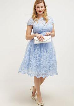 8e78a22ecc95 Chi Chi London Curvy RHIANNON - Cocktail dress / Party dress - cornflower  blue for £