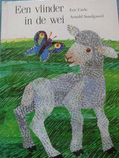 Een mooi prentenboek rond de lente en dieren. Little Library, Butterfly Pictures, Sweet Stories, Eric Carle, Bedtime, Childrens Books, Lamb, Dinosaur Stuffed Animal, Moose Art
