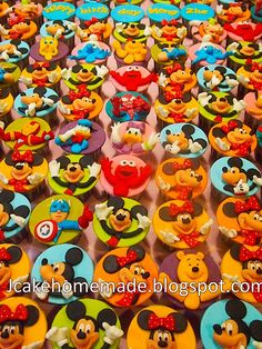 My friend would die if she saw these because she would eat all these !!