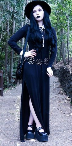 Dress: @killstarco  Hat: @sheinofficial  Necklaces: @thecryptofcuriosities and…