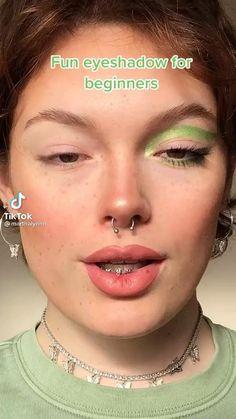 Maquillage Black, Maquillage On Fleek, Edgy Makeup, Eye Makeup Art, Doll Eye Makeup, Punk Makeup, Brown Skin Makeup, Peach Makeup, 60s Makeup