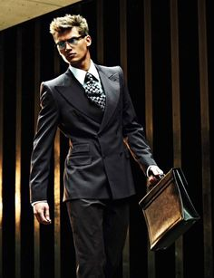 Photographed by Eric Ray Davidson with coffee and bag in hand, Vladimir Iv…: Quality Control If you're looking at a. Lv Men, Lacy Lingerie, How To Look Handsome, Classy Men, Well Dressed Men, Male Models, Gq, Gentleman, Menswear