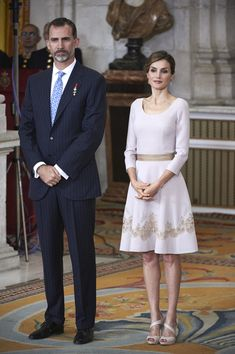 Queen Letizia of Spain Photos - Spanish Royals Deliver 'Order of the Civil Merit' Awards - Zimbio