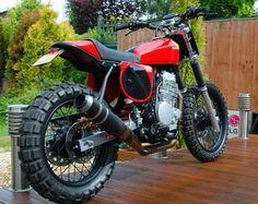 Honda XR650 red rider