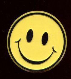 Un sorriso illumina il tuo cuore e rende chi ti e' vicino più radioso e sereno: )