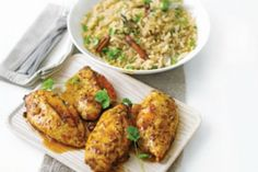 Mango chicken with spiced pilau.adding fresh mango & green onion to the filling & cashews or pistachios to the rice! Bbc Good Food Recipes, Indian Food Recipes, Cooking Recipes, Healthy Recipes, Mango Chicken, Midweek Meals, Chutney, Chicken Recipes, Healthy Eating
