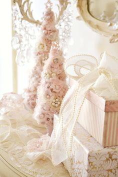 Pink Victorian Christmas - Jennelise