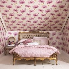 Get in my bedroom, right now! :   Weekly Inspirations Part 1 photo Audrey Kitching's photos - Buzznet