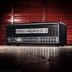 Mesa Boogie Road King in black leather