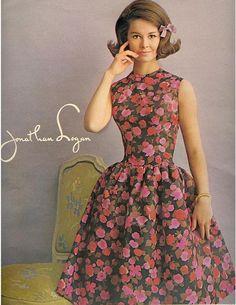 perfect 1960s cocktail dress shape