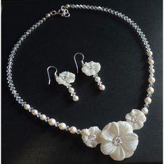 Design Brautschmuck ivory Blüten Collier