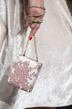 Elisabetta Franchi at Milan Fashion Week Fall 2017 - Details Runway Photos Givenchy, Hermes, Milano Fashion Week, Milan Fashion, Fashion 2017, High Fashion, Diamond Girl, Dior, Unique Purses