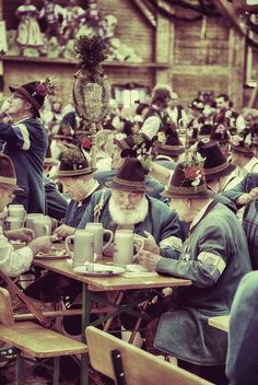 Tracht Lederhosen  Maifest is coming up soon!