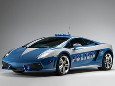 """Lamborghini Italian Police Car : You feel """"lucky?"""" Bet most of you can't outrun this law! Lamborghini Italian Police Car : You feel """"lucky?"""" Bet most of you can't outrun this law! Lamborghini Gallardo, Police Lamborghini, Carros Lamborghini, Lamborghini Aventador, Ferrari 458, Car Photos, Car Pictures, Desktop Pictures, Italian Police Car"""