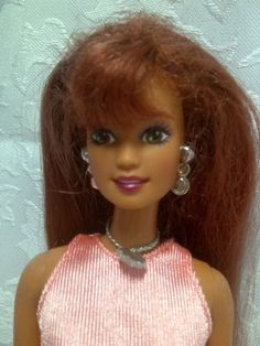 Barbie-Sparkle-Beach-Teresa-Doll-with-Dress-Original-Necklace-Earrings