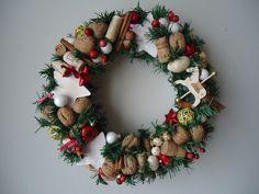 naturalny wianek bożonarodzeniowy