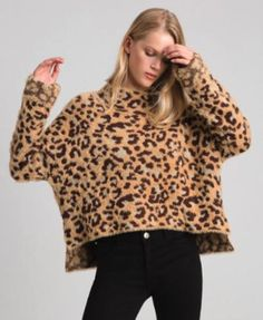 Jacquardpullover mit Animal-Dessin und Lurexakzenten Frau, Fantasie | TWINSET Milano #sweater #covetme #sponsored Pullover, Shop Now, Your Style, Sweaters, Fashion, Imagination, Woman, Moda, Sweater
