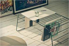 Vet! Een minimalistische koffietafel en handig tijdschriftenrek ineen -