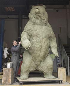 """Sculptor, Nick Bibby and """"Indomitable"""" in production"""
