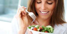 Vous mangez trop de plats tout prêts, vous buvez trop de sodas ou vous avez abusé de régimes hyperprotéinés... En rompant l'équilibre acido-basique, vous prédisposez votre corps à la rétention d'eau. Adoptez de bonnes habitudes et rééquilibrez votre organisme.