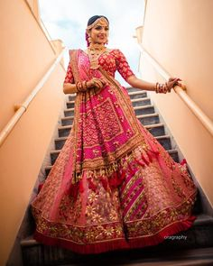 Top Most Featured Gujarati Bridal Lehenga Collection by Annu's Creations Die beliebtesten Gujarati Bridal Lehenga-Kollektion von Annus Creations