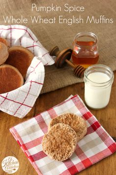 ... pumpkin spice buttercream whole wheat pumpkin spice latte muffins
