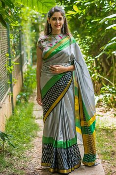 Buy Rehan Creation Designer Printed Grey Zarana Silk Saree Online at Rs 699 Only! ✓ 100% Genuine Products * ✓ Cash on Delivery ✓ 15 days Return ✓ Timely Delivery | 6668