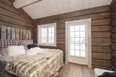 NOREFJELL- Meget pen og innholdsrik hytte med flott utsikt, beliggende på Norehammeren. Byggeår 2012.   FINN.no