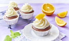 Cupcakes z kremem mascarpone i pomarańczą Miss Cupcake, Cupcakes, Food, Mascarpone, Cupcake, Essen, Muffin, Yemek, Muffins
