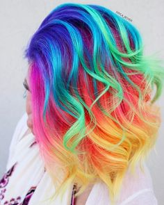 Pin de rebecca em mermaid hair em 2019 hair, hair styles e d Bold Hair Color, Hair Dye Colors, Rainbow Hair Colors, Pastel Rainbow Hair, Bright Hair Colors, Bright Purple, Red Purple, Vibrant Colors, Luxy Hair