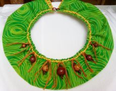 Colier statement The story of The Green Tree Green Trees, Crochet Necklace, Handmade Jewelry, Handmade Jewellery, Jewellery Making, Diy Jewelry, Craft Jewelry, Handcrafted Jewelry