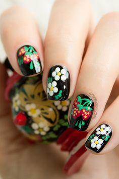 Russian nails. click for more details. #nailart #black #cutenails