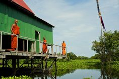 Monks on the houses on stilt in Mekong River, as part of the Aqua Expedition luxury cruise. Mekong Delta Vietnam, Vietnam Map, Vietnam Travel, Cruise Travel, Travel Tours, Vietnam Vacation, Angkor Wat Cambodia, Yacht Cruises, House On Stilts