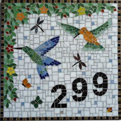 Beija-flores Mais Mosaic Tile Art, Mosaic Artwork, Mosaic Glass, Mosaic Animals, Mosaic Birds, Tile Crafts, Mosaic Crafts, Stained Glass Patterns, Mosaic Patterns