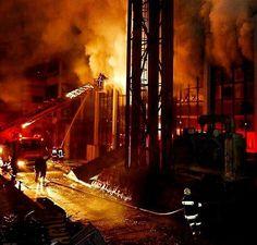FEATURED POST  @abbitfaiye . . TAG A FRIEND! http://ift.tt/2aftxS9 . Facebook- chiefmiller1 Periscope -chief_miller Tumbr- chief-miller Twitter - chief_miller YouTube- chief miller  Use #chiefmiller in your post! .  #firetruck #firedepartment #fireman #firefighters #ems #kcco  #flashover #firefighting #paramedic #firehouse #straz #firedept  #feuerwehr #crossfit  #brandweer #pompier #medic #firerescue  #ambulance #emergency #bomberos #Feuerwehrmann  #firefighters #firefighter #chiver…