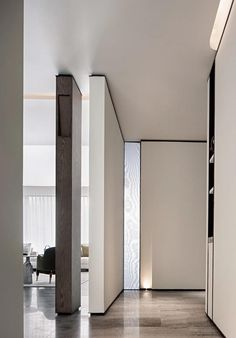 Decor Interior Design, Modern Interior, Interior Decorating, Pillar Design, House By The Sea, Wood Architecture, House Design, Living Room, Studio