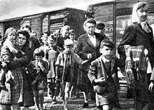 """Vertreibung der Deutschen aus der Tschechoslowakei – """"Schlagt sie, tötet sie, lasst niemand am Leben"""" Im November 1944 rief dazu der Militärbefehlshaber Sergej Ingr in der BBC auf."""