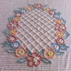 VINTAGE CHENILLE BEDSPREAD- CLEAN AND FLUFFY- READY FOR SUMMER  zzz!!