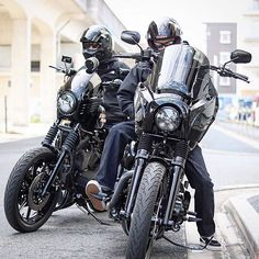 Harley Davidson Events Is for All Harley Davidson Events Happening All Over The world Harley Fatboy, Harley Davidson Sportster 1200, Harley Bikes, Hd Sportster, Harley Davidson Fat Bob, Harley Davidson Street, Dyna Club Style, Honda Africa Twin, Bike Photoshoot