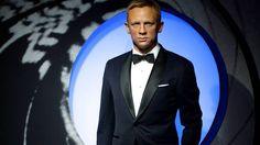 James Bond at Madame Tussauds in London (3 - 28 Nov, 2016):   http://blangua.com/p/en/london/live/james-bond-at-madame-tussauds